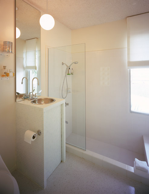 PS master bath.jpg (49596 bytes)